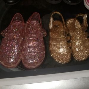 Baby gap sandle jelly size 7 gold jelly